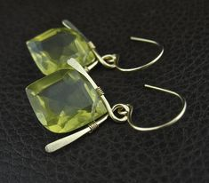 Yellow Stone Wired Earrings, Handmade Wired Stone Jewelry, Rare Stone Earrings, Yellow Stone Jewelry, Yellow Gold Earrings