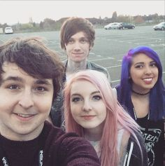 It's Lizzie, Joel, SeaPeeKay, and Yammy at Insomnia 54!!! I wish I could have gone!