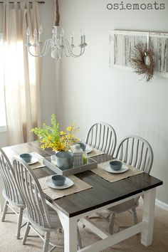 colors for kitchen table and light gray chairs