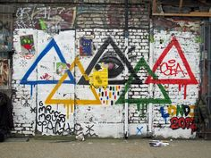 Olympic triangles, and a couple of Bortusk Leer's paste ups. by maggie jones., via Flickr