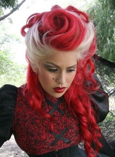 romantic red and platinum blonde hair    (Pinned to original source)    :D HARLEY HEHEHE