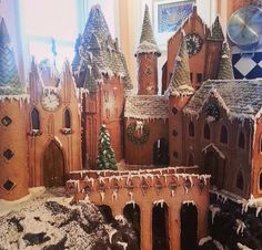 Freaking gingerbread house goals