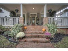 brick stairs and half columns |  992 Washita Avenue Ne
