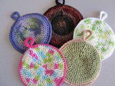 round crochet pot holder
