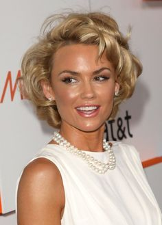 Kelly Carlson Short Hairstyles