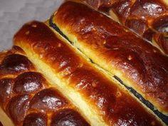 Diós-mákos kalács Nagyi-módra Hot Dog Buns, Hot Dogs, Breads, Dios, Bread Rolls, Bread, Braided Pigtails, Buns