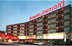 Your favorite host.in the Playground of the World Beach block on Arkansas Avenue Telephone: 340 magnificent king-size rooms and suites - fines. Howard Johnson's has had a presence on or near the boardwalk in Atlantic City for many years. Howard Johnson Hotel, Margate Nj, Howard Johnson's, Vintage Hotels, Vintage Travel, Jewel Of The Seas, Hotel Motel, Retro Recipes, Atlantic City