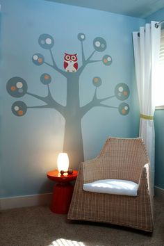 Who doesn't love an #owl in a #TreeDecal?  #blue #nursery