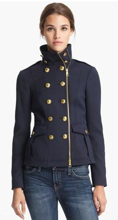 Fall style: Burberry Brit Navy Military Jacket Source by nordstrom abrigos Image Fashion, Look Fashion, Fashion Fall, Mode Outfits, Fashion Outfits, Womens Fashion, Mode Style, Style Me, Moda Steampunk