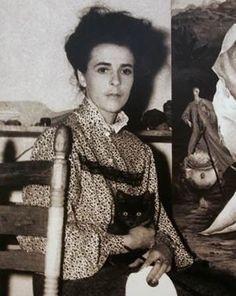 Cautivadora la obra de Leonora Carrington (1917-2011) una de las mejores creadoras de la era Surrealista, . Atraídos por la floreciente comunidad de artistas en la Ciudad de México, entre ellos Frida Kahlo, Diego Rivera, y Octavio Paz, se trasladó allí con su esposo, el fotógrafo húngaro Emeric Weisz, donde vivieron por casi 70 años. #surrealismo