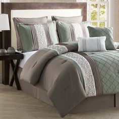 Vcny Home Vcny Farion King Comforter Set In Green Queen Comforter Sets, Bedding Sets, Bed Sets, Bed Spreads, Bedroom Decor, Master Bedroom, Bedroom Ideas, Headboard Ideas, Master Suite