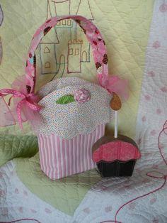 Pattern Simply Sweet Cupcake Bag PDF by SeasonsOfJOYByBrenda
