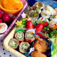 ぐるぐるサンドイッチ、ポップコーンシュリンプ、アスパラベーコン、オクラ豚巻などなど。 - 44件のもぐもぐ - 親子遠足弁当♪ by えり