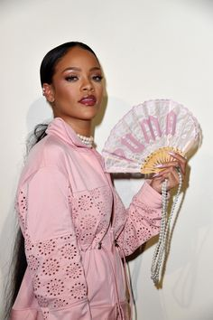 Rihanna Photos Photos - FENTY x PUMA by Rihanna : Backstage - Paris Fashion Week Spring/Summer 2017 - Zimbio