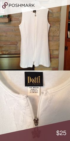 Dotti size medium summer zip dress Easy and comfy perfect for a poolside day. Dotti Dresses