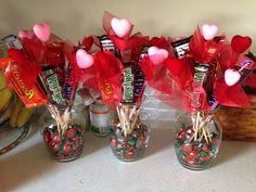 Ideas Chocolate Diy Gifts Valentines Day Candy Bouquet For 2019 Candy Bouquet Diy, Valentine Bouquet, Diy Bouquet, Bouquets, Valentines Day Baskets, Valentines Mugs, Valentine Crafts, Valentines Balloons, Valentine Ideas