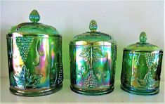 Vintage Canister Sets, Rainbow Kitchen, Pottery Painting Designs, Glass Canisters, Antique Glassware, Glass Molds, Ball Jars, Vintage Bottles, Indiana Glass