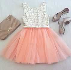 Find images and videos about love, fashion and style on We Heart It - the app to get lost in what you love. Cute Dresses, Casual Dresses, Cute Outfits, Flower Girl Dresses, Girly Outfits, Teen Fashion, Love Fashion, Fashion Outfits, Womens Fashion