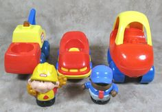 Little Tikes Toy Lot Of 3 Vehicles Wrecker/Cars & 2 Figures #LittleTikes