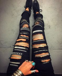 Chained Denim Jeans — Lady Of Influence Fashion Fabric, Diy Fashion, Fashion Outfits, Cute Ripped Jeans, Denim Jeans, Jeans With Chains, Cool Outfits, Casual Outfits, Recycled Dress