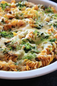 Big Meals, Easy Meals, Pasta Recipes, Dinner Recipes, Low Calorie Breakfast, Night Food, Health Eating, Pasta Dishes, Food Inspiration