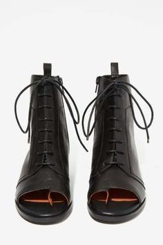 Jeffrey Campbell Mancuso Leather Bootie | Shop Shoes at Nasty Gal!