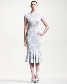http://docchiro.com/alexander-mcqueen-geometric-intarsiaknit-flounce-dress-p-1835.html