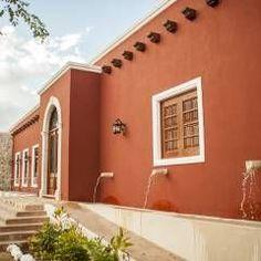 Resultado de imagen para pinterest fachadas de casas con columnas y puerta colonial de campo
