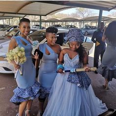 African Print Wedding Dress, African Bridesmaid Dresses, African Wedding Attire, African Attire, African Dress, African Weddings, South African Traditional Dresses, Traditional Dresses Designs, Traditional Outfits