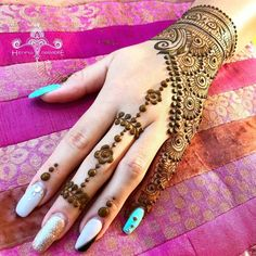 10 Easy and Simple Henna Design for Wedding with Best Kits and Pattern - Henna/ Mehndi Desighns - 10 Easy and Simple Henna Design for Wedding with Best Kits and Pattern 10 Easy and Simple Henna Design for Wedding with Best Kits and Pattern - Modern Henna Designs, Simple Arabic Mehndi Designs, Mehndi Designs For Girls, Mehndi Designs For Fingers, Beautiful Henna Designs, Latest Mehndi Designs, Henna Tattoo Designs, Simple Henna, Unique Henna