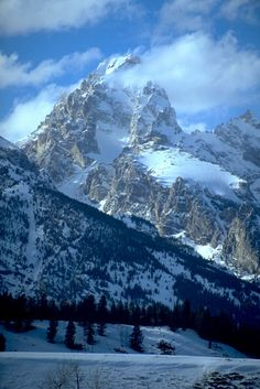First ski descent of the Grand Teton's North Face | ROCK and ICE Magazine