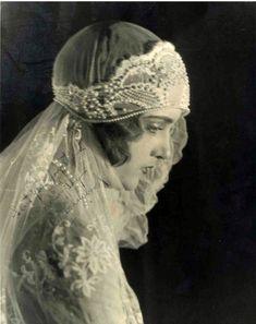 dreamy laced bride by araceli