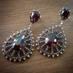 Para grandes ocasiões!Ouro rosé, diamantes brown e brancos e granadas ! #dryzun #dryzunjoias #joias #jewelry #jewellery #love #lovegold #rosegold #luxo #luxury #privee #precious #exclusive #top #exclusivo #instajewelry #jkiguatemi #iguatemisp #maravilhoso #beautiful