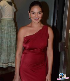 House of Design Store Launch -- Esha Deol Picture # 305362