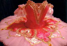 Costumemy. Love the plate on this tutu!
