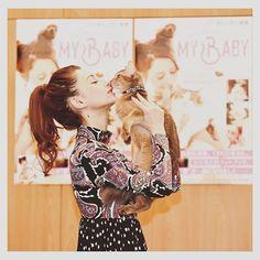 11月23日 初の猫本『MY BABY😼』を発売しました! coco美さん、ジジ吉くんの可愛いショットが100枚以上あります! 約3年にわたり自分で撮ってきた写真です! たくさんの方に見てもらえると嬉しいです❤️親バカですみません😂 1万枚以上から選びました! 是非😼