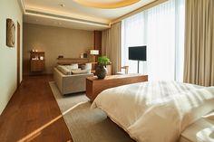 superfuture :: supernews :: shenzhen: muji hotel opening