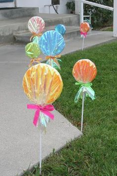 Since my daughter's candy party (back in March)I've had lots of questions about the giant lollipops I made as decorations for the front walkway. The idea is not my own, I found many similar lollipops on several different sites as I was gathering ideas for my daughter's party. This was one of the many crafts …