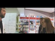 Todos somos raros en la Farmacia Lavapiés - YouTube