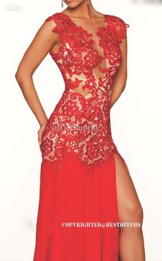 detalhes red evening gown -- if I could pull it off, I would!! This dress is gorgeous
