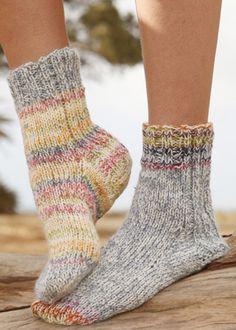 Socks & Slippers - Free knitting patterns and crochet patterns by DROPS Design Crochet Socks, Knitted Slippers, Wool Socks, Slipper Socks, Knit Crochet, Knitting Stitches, Knitting Socks, Knitting Patterns Free, Free Knitting