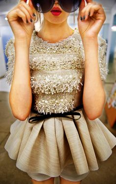 How can something be dainty & fierce??  LOV this!