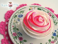 Rose frosting cupcakes girly food pink flowers floral rose cupcake cupcakes frosting decorations cupcake ideas cupcake decoration