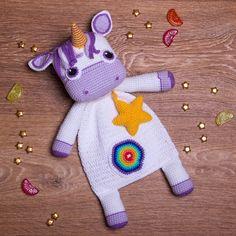Amigurumi & crochet patterns by dsMouseBears on Etsy Crochet Bebe, Crochet For Kids, Crochet Lovey, Crochet Patterns Amigurumi, Crochet Dolls, Disney Crochet Patterns, Easy Crochet Projects, Crochet Ideas, Knit Basket