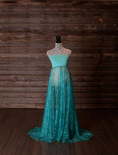 Turquoise lace maternity gown. Short train. by ChelseaCDesigns