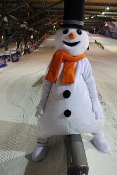 Welkom allemaal in mijn Snowparadijs! Deze glide is lastig. Door veel te oefenen in mijn Snowparadijs ben ik er nu een pro in geworden! #freestyle