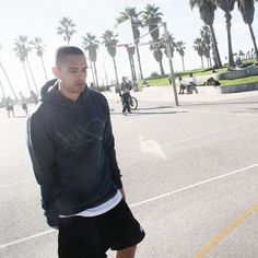 Vibes // Venice, LA #k1x #parkauthority #nationofhoop #playhard #onecourtatatime #basketball #streetball #clothing #fashion #losangeles #venice