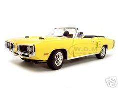 1970 Dodge Coronet R/T Hemi Yellow 1 Of 1250 Made 1/18 Diecast Car by Road Signature