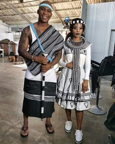 TRADITIONAL XHOSA ATTIRES, One of the best aspects of this traditional attire is that there exists no age limit. From teenagers to older women African Fashion Traditional, African Traditional Wedding, African Inspired Fashion, African Print Fashion, Africa Fashion, Traditional Outfits, African Dashiki Dress, African Dresses For Women, African Print Dresses