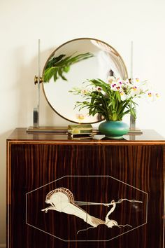 art deco with inlay front chest with round table top mirror